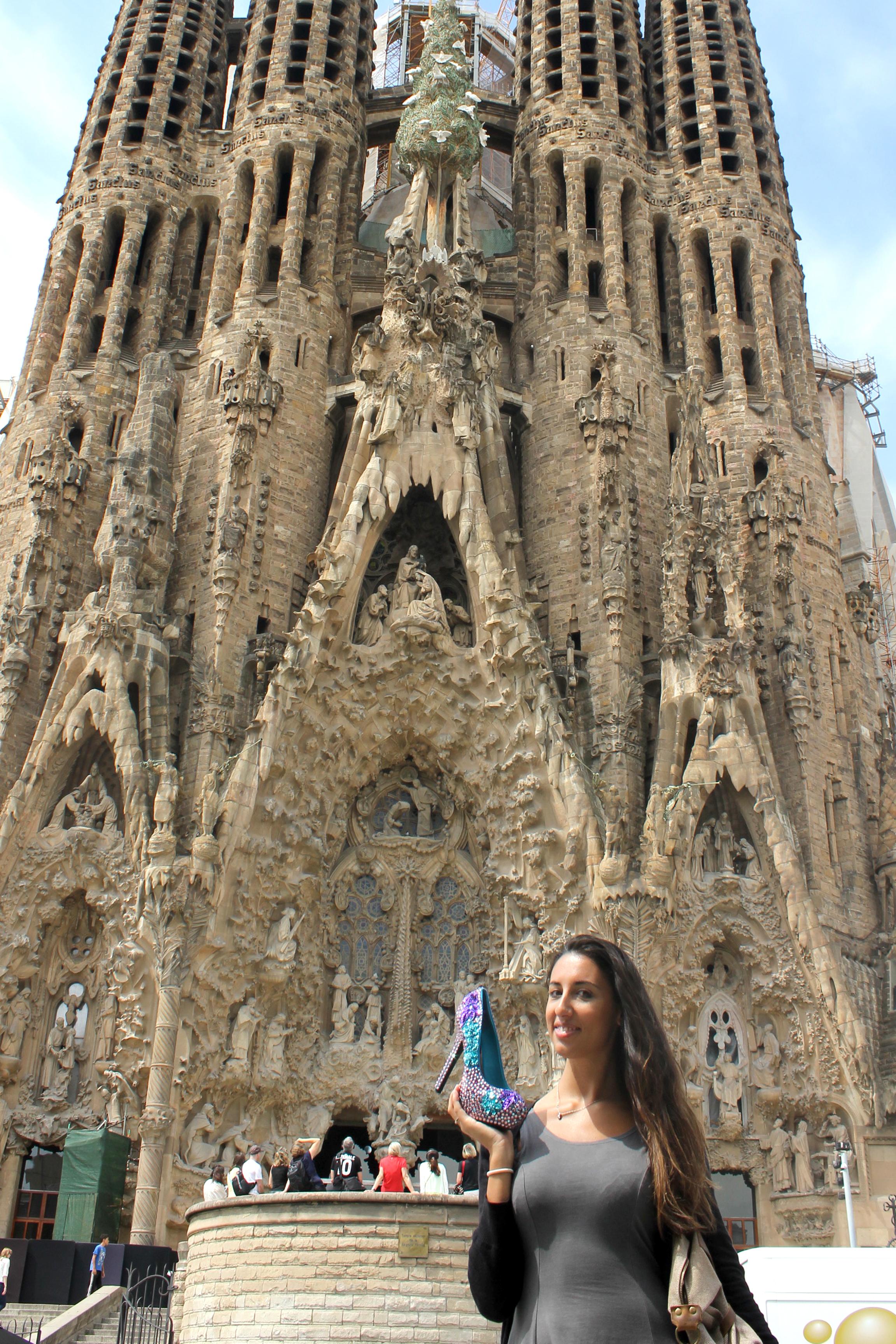 Like in a fairy tale barcelona sagrada familia for La sagrada familia church